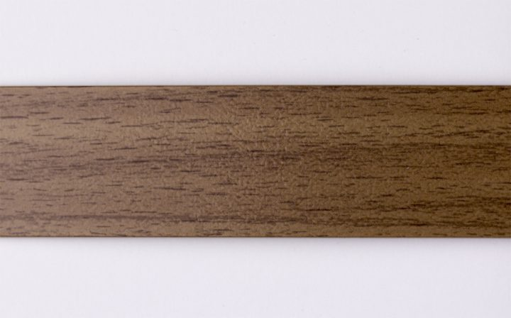 Walnut Lyon D068